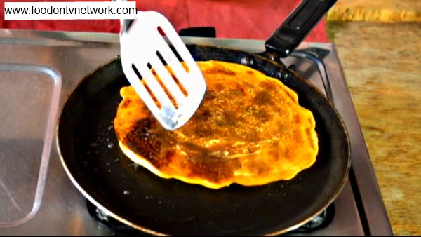 Besan Pudla Step 3. How to make Besan Pudla Recipe in Hindi.